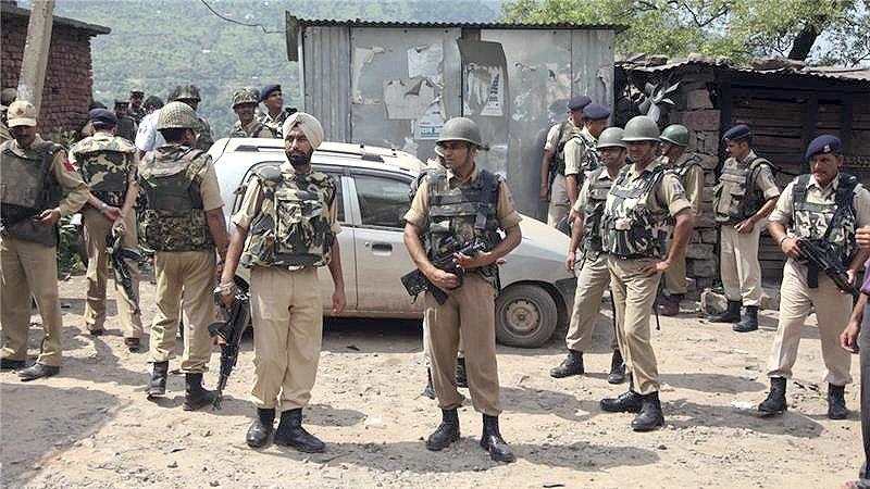 جموں کشمیر میں 3 بھارتی فوجیوں کی خودکشی