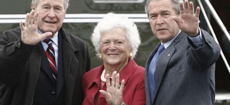 سابق امریکی صدر جارج بش کی والدہ باربرا بش 92 سال کی عمر میں انتقال کر گئیں