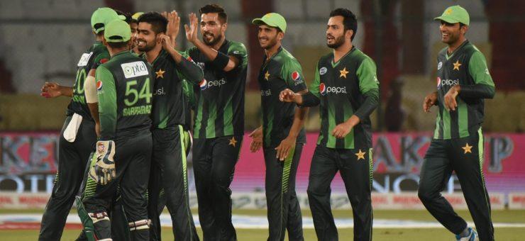 پہلا ٹی ٹونٹی، پاکستان نے ویسٹ انڈیز کو 143 رنز سے دھول چٹا دی