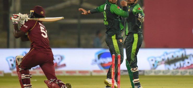 ویسٹ انڈین کھلاڑی کے ساتھ بدتمیزی، شاداب خان پر جرمانہ