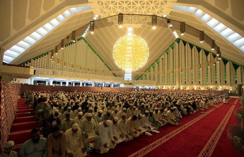 اسلام آباد بھر کی مساجد میں اذان اور نماز ایک ہی وقت پر