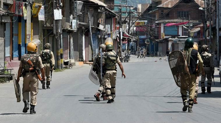 گھر گھر تلاشی کے دوران بھارتی فوج نے 8 کشمیری شہید کر دیئے