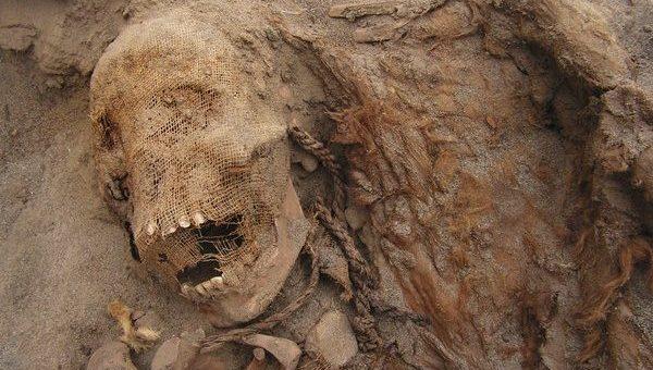 پیروُ میں 550 سال پرانی بچوں کی قربان گاہ دریافت