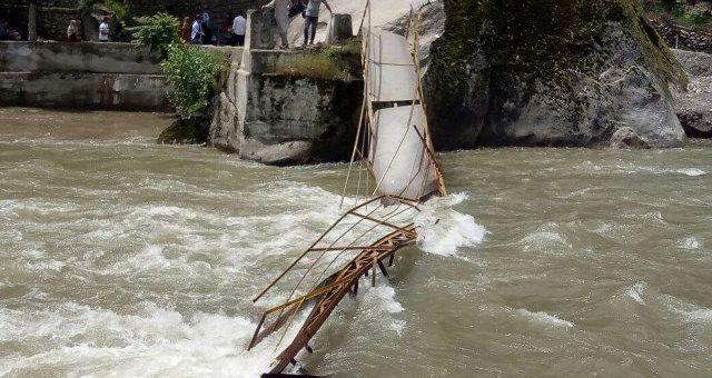 وادی نیلم، پل ٹوٹنے سے مرنے والے سیاحوں کی تعداد 11 ہو گئی
