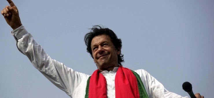 عمران خان 4 حلقوں سے کامیاب قرار، ایک حلقے سے نوٹیفیکیشن روک لیا گیا
