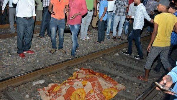 """بھارت: """"راون"""" کو جلتا دیکھتے لوگوں پر ٹرین چڑھ دوڑی، 60 ہلاک 150زخمی"""