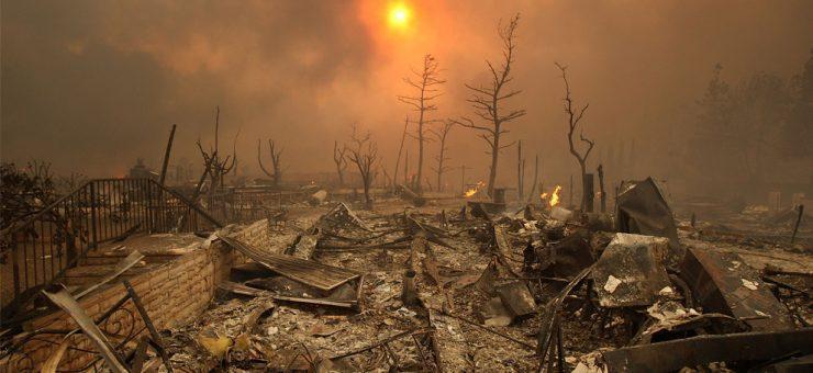 کیلیفورنیا میں لگی آگ 76 جانیں نگل گئی، سب کچھ جل کر خاک
