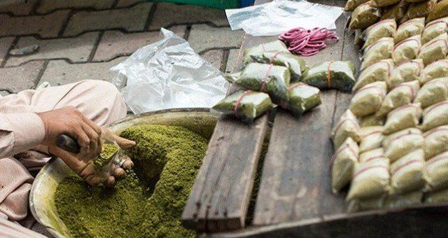 پختونخواہ کے تعلیمی اداروں میں نسوار پر پابندی