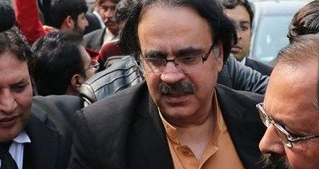 پی ٹی وی میں کروڑوں کی کرپشن، ڈاکٹر شاہد مسعود گرفتار