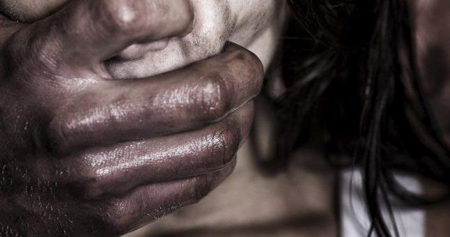 ایبٹ آباد میں درندے نے 3 سالہ بچی کو زیادتی کے بعد کھلے آسمان تلے پھینک دیا، معصوم بچی سردی سے جاں بحق