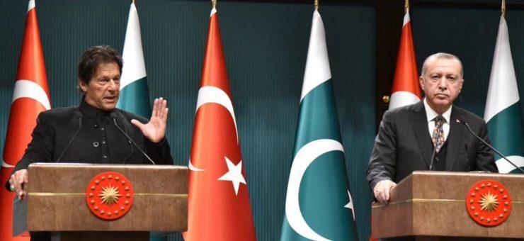 عمران خان اب بھی کپتان ہیں، امید ہے کرکٹ کی طرح سیاست میں بھی کامیاب ہوں گے: ترک صدر