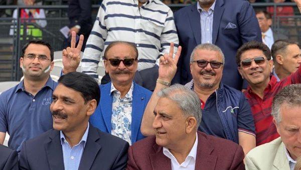 آرمی چیف جنرل باوجوہ اور ڈی جی آئی ایس پی آر نے بھی پاکستان اور جنوبی افریقہ کا میچ لارڈز کرکٹ گراوٴنڈ میں دیکھا