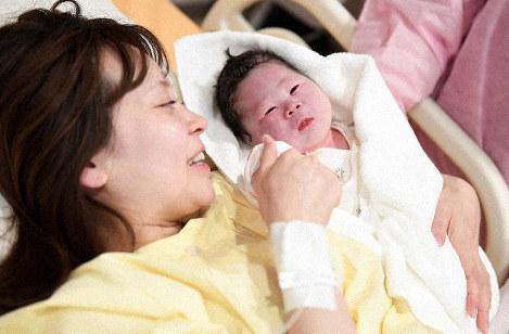 جاپان میں بچوں کی شرح پیدائش میں ریکارڈ کمی