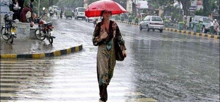 ملک بھر میں سردی کی شدت، آج سے بارشوں کا امکان
