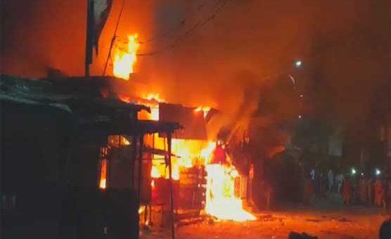 لاہور، چمڑے کے گودام میں آگ لگنے سے چار افراد جاں بحق