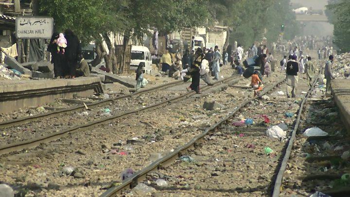 سپریم کورٹ کا 6 ماہ میں کراچی سرکلر ریلوے چلانے کا حکم