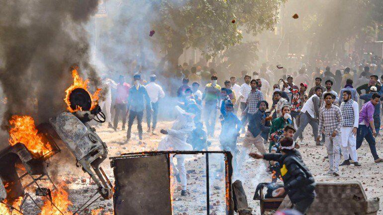 دہلی میں پرتشدد واقعات میں اضافہ ،9 افراد ہلاک ،100 سے زائد زخمی