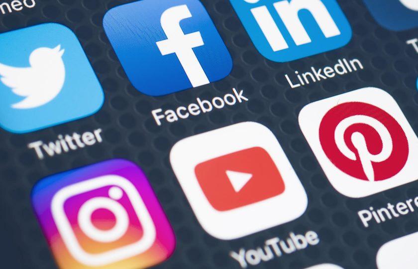 حکومت کا سوشل میڈیا کی لگام کسنے کا فیصلہ،نئے قوانین بنا دئیے گئے
