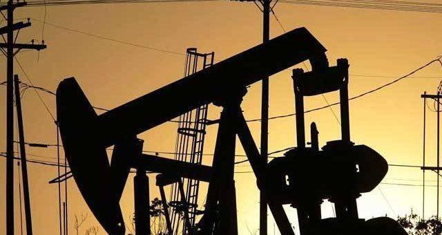 عالمی منڈی میں تیل کی قیمتوں میں 26 فیصد تک ریکارڈ کمی