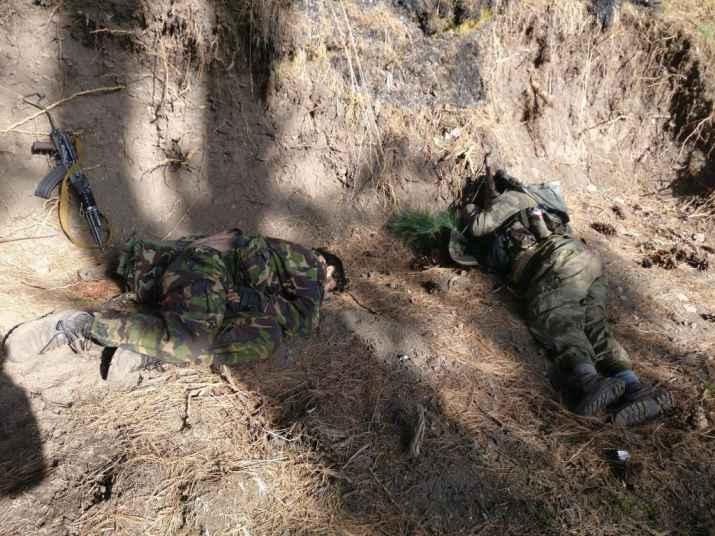 مقبوضہ کشمیر، 2بھارتی فوجی آپس میں ہی لڑ مر گئے